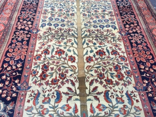 Unique saroukh rare size 315x208 cm with unusual design has some low pile circa 1900
