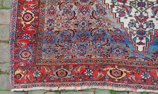 Bidjar c. 1900-- approx 6 x 9-- Wool foundation. Rare White field w/ beautiful blues and abrashes. Amazingly decorative old thing and no apologies for condition.  Please see all photos. us  ...