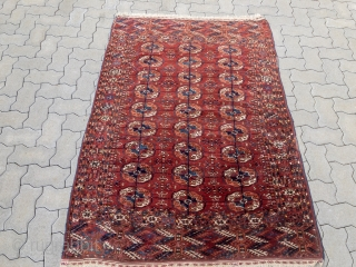 Small antique Turkmen Tekke wedding rug, size: 170x117cm / 5'6''ft x 3'9''ft. These small rugs of the Tekke Turkmen tribe were often woven as an important part of the bride´s dowry. Often  ...