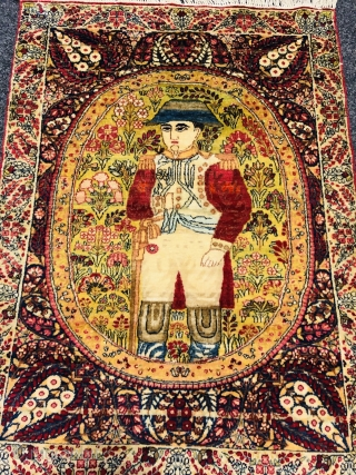 Fine antique Persian Kirman pictorial rug displaying Napoleon Bonaparte. Size: ca. 87x62cm / 2'9''ft by 2'1''ft