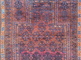 Antique Timuri Baluch prayer rug with glossy wool, size: ca. 125x85cm / 4'1''ft x 2'8''ft, tiny moth damage otherwise very good overall condition,  www.najib.de