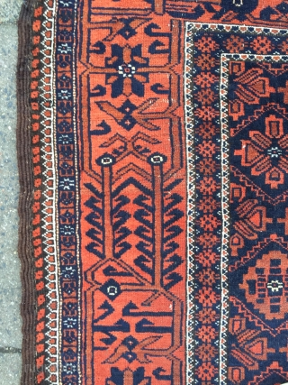 Antique Baluch rug, size: ca. 170x87cm / 5'6''ft x 2'9''ft www.najib.de