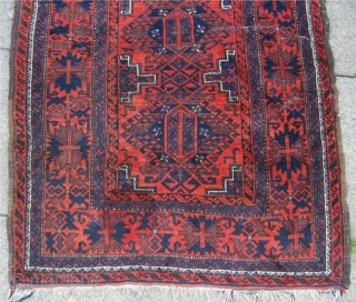 """Antique Baluch rug with beautiful """"crab"""" border. Size:150x98cm / 4'9''x3'2'' Generally good condition except for two little folds."""