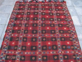 Not a scottisch kilt :-) Antique Caucasian Verneh kilim. Size: 300x170cm / 9'9``ft x 5'6''ft  www.najib.de