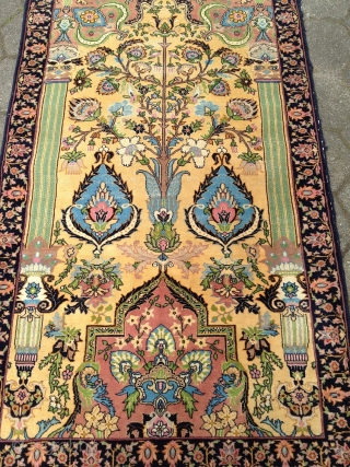 Antique Persian Tabriz (?) rug from the 1920´s, size: 160x95cm / 5'2''ft x 3'1''ft, nice design and beautiful yellow ground color, some light wear in the middle. www.najib.de
