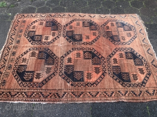 A very nice small Ersari wedding rug, age: circa 1900. Size: 170x125cm /  5'6''ft x 4'1''ft Nice pale colors and vintage look. Sides not perfect, tiny repair in the field.