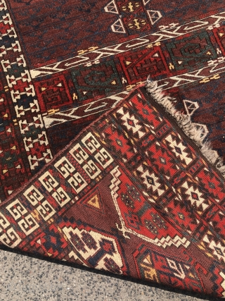 Antique Turkmen Kizil Ayak Ensi from the 19th century.
