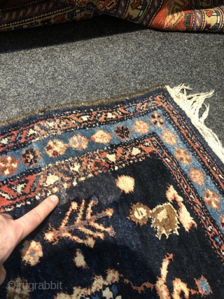 Antique Persian Lilian rug, size: 180x135cm / 6ft by 4'4''ft good condition, little old repair at one corner.
