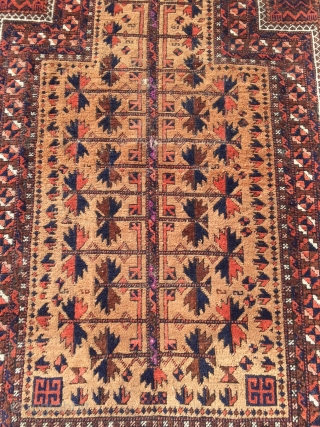 Beautiful antique Baluch prayer rug, size: 140x80cm / 4'6''ft x 2'7''ft www.najib.de