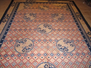 Decorative antique Ningxia rug from Westchina. Age: circa 1900. Size: ca. 310x215cm / 10`2``x7'1'' Good overall condition, a few spots of light wear