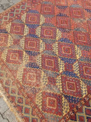 Early and rare Turkmen Ersari main-carpet with beautiful colors and a very nice and unique change of color palette. Rare design, size: 335x175cm / 11ft x 5'8''ft some condition problems but still  ...