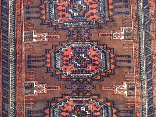 Large antique Baluch rug, fine quality. Size: 242x122cm / 8ft x 4ft www.najib.de