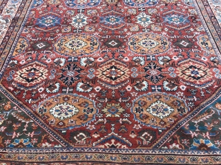 A highly decorative antique Persian Mahal carpet, size: ca. 445x305cm / 14'6''ft by 10ft This carpet has recently been cleaned and is ready for immediate use.