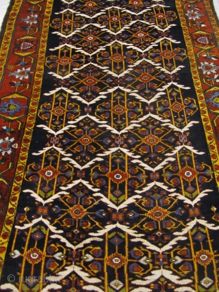 Antique Bakhtiary rug, age:circa 1880, wool on wool foundation. Beautiful colors and glossy, shiny wool. Good condition. Size: 405x190cm / 13'3''ft x 6'3''ft www.najib.de