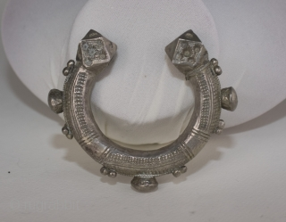 Antique heavy Elkiss silver bracelet with wonderful robust finials, etched and applied decorations. About 1950. From Sahara