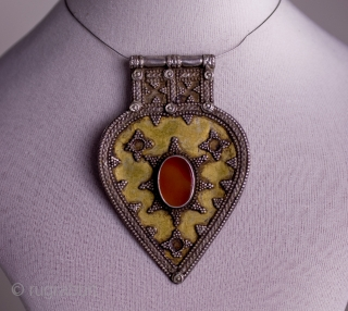 Old Tekke silver and golden silver pendantif with cornaline. From Turkmenistan Size: 8,0 cm x 5,5 cm -   - Shipping by recorded mail is including Paypal and Moneybookers accepted as payment