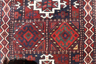 A very finely woven beluch balisht from Iran with silk highlights and finished off with a kilim skirt. Full pile, mint condition, no signs of wear. Bought it in our last trip  ...