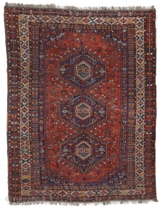 This large rug woven by Arab women from southern Iran is made up of three central medallions, surrounded by multiple animal and plant motifs, among which two-headed animals stand out. The entire  ...