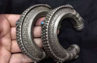 Antique tribal silver pashtun woaman cuff bracelet pair from Afghanistan. The cuff are complete hand crafted , very fine hand carving. Free home delivery worldwide