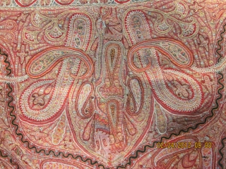 A gorgeous Indian embroidered shawl with a few small holes in it and perfect colours. size 169cm*178cm