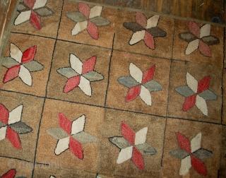 Handmade antique American hooked rug 3.1' x 5.3' (94cm x 161cm) 1880s - 1B503