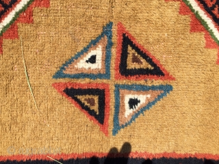 Old Gabbeh with nice dyes no repair good condition Size: cm. 210*130