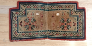 tibetan saddle rug with very unusual center panel design made of 4 lotus jewels, very good all natural colors uncludind 2 purples, 2 greens, 2 blues, a brillant red and a pink  ...