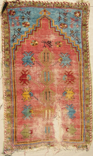 Kirsehir prayer rug. Battered but small and sweet. 19th century. 113x67cms