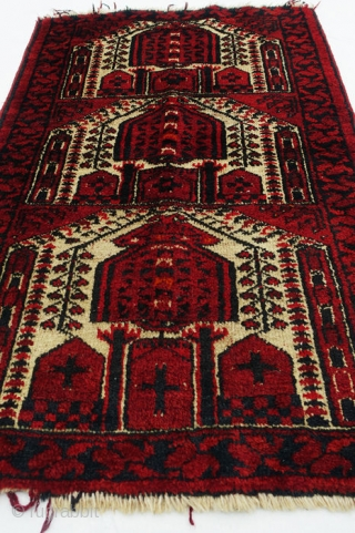 Antique Beluch Prayer Rug With Cruciform Motifs Material