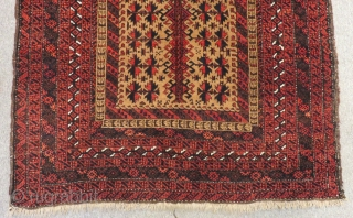 Antique Baluch Prayer Carpet Size.185x108cm