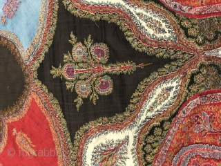 Exceptional Indian 19 th century shawl.....