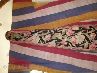 Uzbek Ikat Chapan in excellent condition