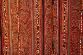 Haml, South Tunesia, Berber woman.  1910 - 1920.  300 x 155 Cms.