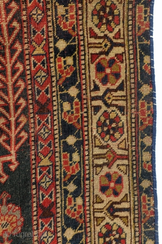 Highly collectable Qashqai, 1860 - 1880.  200 x 120 cm.  Beautifully worn, in places worn through, refined knotted, all natural colors te red from Cochenille. 64 knots per Cm.