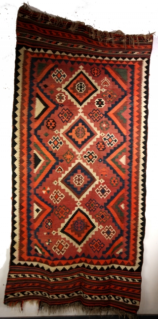 Luri, 1930 - 1940. Strong sturdy kilim om goat woolen warp. 