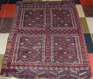 Rare and unusual Yomud-sub-group Engsi finely woven with twisted cotton and wool wefting, early 19th. century, 64'' X 45''(163 X 115cm)