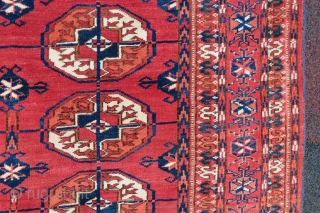 Antique Turkoman rug wonderful colors and excellent condition all original size 2,20x1,55 cm (61''x 86'' inches ) Circa 1900