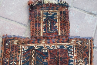 Bahtiar Salt bag very nice colors and nice condition all original it has from to top missing some line and size 49x40 cm Circa 1900