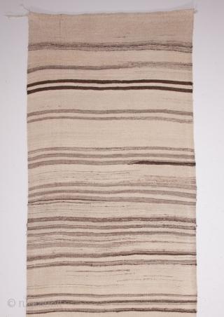 Central Anatolian Vintage Kilim with undyed yarn 91 x 375 cm / 2'11'' x 12'3''