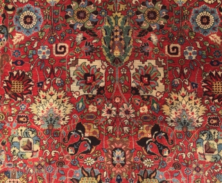Early 20th Century Täbriz (Petag?)carpet with Kerman Vase Design  Size 397 cm x 290 cm Material wool on cotton foundation natural dyes  Condition: very good ,no restoration