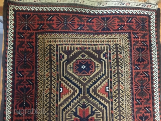 Antique Baluch  circa 1890 wonderful condition and drawing  170 cm x 104 cm