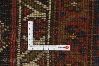 W Persian village runner      Size: 405x99cm            Info  https://www.carpetu2.com  carpetu2@gmail.com