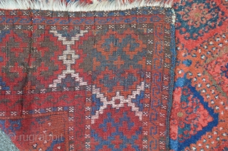 Sarkisla carpet made by Kurdish tribes, central Anatolia Sivas region. 19th C. 204 x 129cm