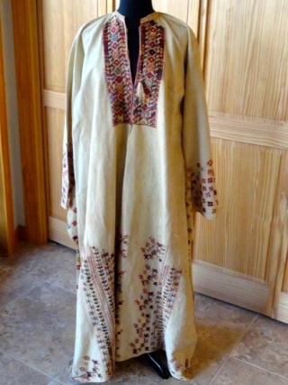 19th Century Palestinian dress or robe in excellent original condition
