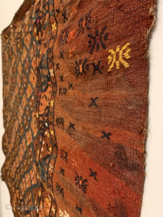 """Antique Turkmen Yomud (Yomut) Torba. Central Asia. Last Quarter 19th Century. Silk and wool embroidery on wool. Overall deign with alternating rows of hooked diamonds. 7 colors. 2'6"""" x 3'0"""". Delicately hand  ..."""