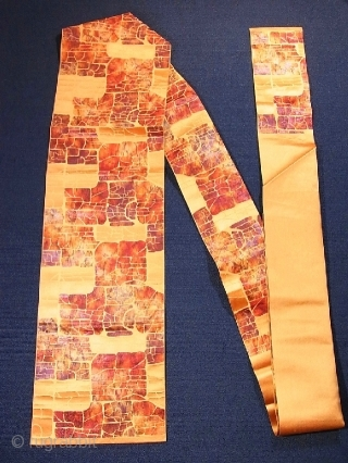'Stone pavement' silk Obi, Japan, Showa (circa 1940), cm 341x31. The 'obi' is a sash for traditional Japanese dresses, and a part of kimono outfits. This one is a so-called 'nagoya obi',  ...