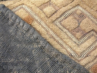 Raffia Textile #19, KUBA people, DR Congo, circa 1940, cm 56x47  A genuinely vintage cloth of so-called 'Kuba velvets' showing nice age patina.  Part of a private collection assembled during the 1960s. Published  ...