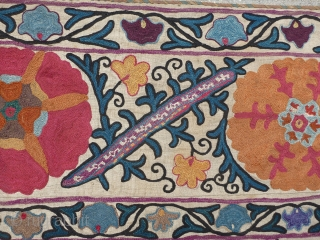 Beautiful antique Uzbekistan Suzani. Probably from the Samarkand, Kermina or Bokhara region. Silk embroidery on a cotton or linen base cloth. Late 19th century or very early 20th century.  Good condition for age  ...