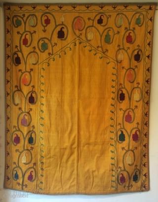 Silk Lakai Suzani  size 145x115cm