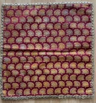 Textile size 35x35cm